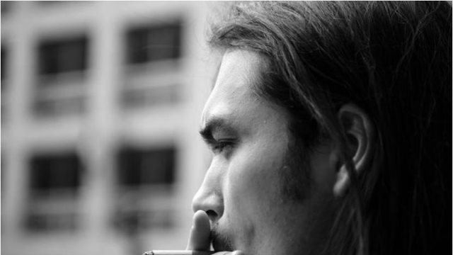 Nόσος Buerger : Το κάπνισμα μπορεί να φράξει τις αρτηρίες σε νέα ηλικία
