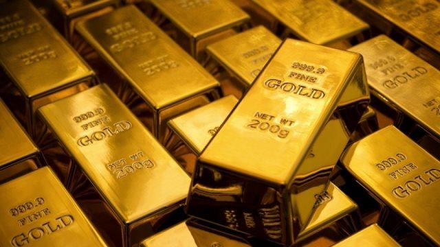 Συνεχίζει να υποχωρεί ο χρυσός λόγω του ισχυρότερου δολαρίου