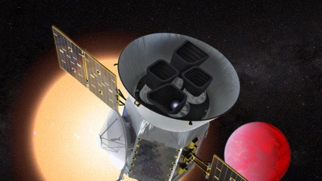 Εκτοξεύθηκε ο νέος «κυνηγός εξωπλανητών» της NASA