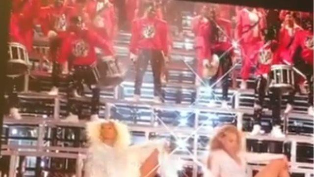 H τούμπα της Beyonce και της αδερφής της, στη σκηνή του Coachella