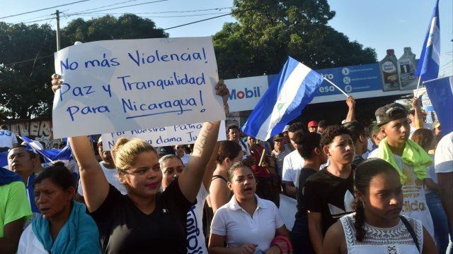Νικαράγουα: Δεκάδες χιλιάδες διαδηλωτές στο δρόμο - Στους 27 οι νεκροί