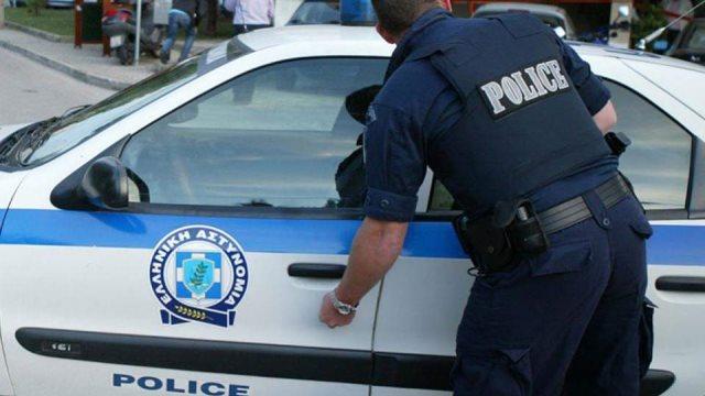 Αλεξανδρούπολη: Σύλληψη τεσσάρων ατόμων για εμπρησμούς οχημάτων και εκβιασμό