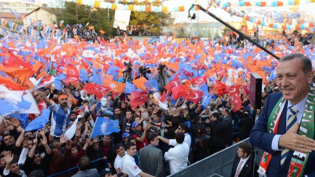 Το Συμβούλιο της Ευρώπης ζητεί την αναβολή των τουρκικών εκλογών