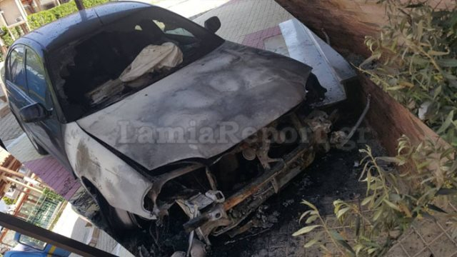 Μαφιόζικη επίθεση στο Μουρίκι της Θήβας: Ανατίναξαν το αυτοκίνητο του προέδρου της κοινότητας