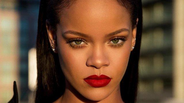 H επική απάντηση της Rihanna για το αν θα παρευρεθεί στο γάμο του πρίγκιπα Harry