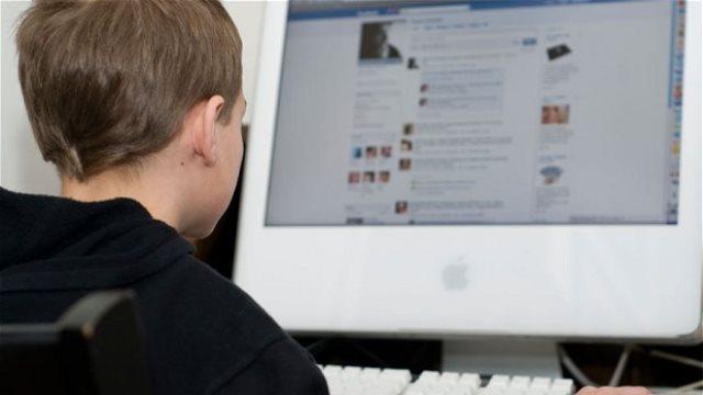 Το Facebook καλεί τα παιδιά να κάνουν διάλειμμα από... το Facebook