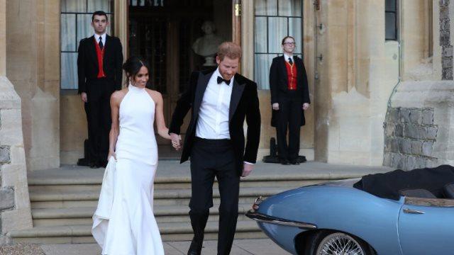 Χάρι - Μέγκαν: Ο παραμυθένιος γάμος τους πρωτοσέλιδο σε όλον τον κόσμο
