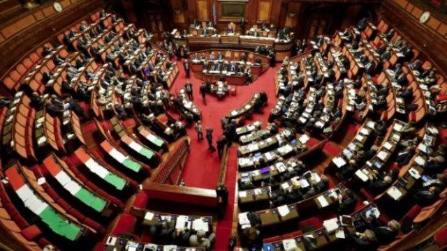 Ιταλία: Από το χώρο της πολιτικής ο νέος πρωθυπουργός