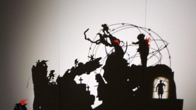 «Πνεύμα Οχυρό» με φως και σκιά - Νέο έργο του Τριαντάφυλλου Βαΐτση