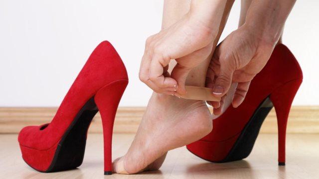 Η δίαιτα των παπουτσιών: Χάστε βάρος, βγάζοντας τα παπούτσια πριν μπείτε σπίτι!