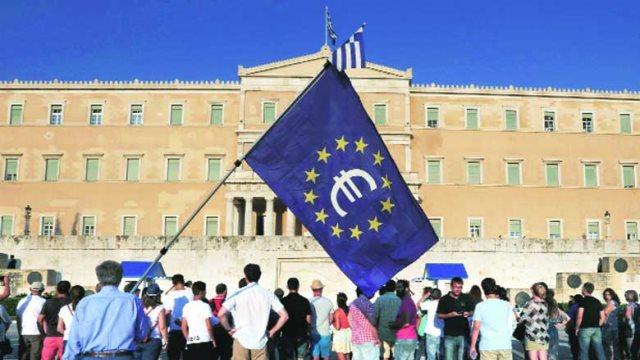 CNBC: Κρίσιμη στιγμή για το μέλλον της ελληνικής οικονομίας