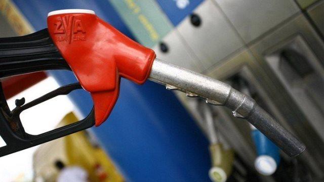 Έκρηξη τιμών στα καύσιμα - κίνδυνος αισχροκέρδειας λόγω απουσίας ελέγχων
