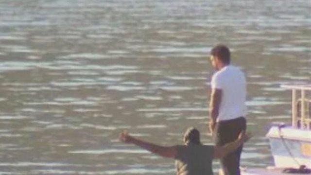 Συνεχίζεται το θρίλερ με τη Νάγια Ριβέρα: Στη λίμνη έπεσαν με τα ρούχα ο πατέρας και ο πρώην σύζυγός της