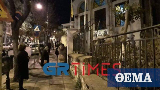 Θεσσαλονίκη: Από το ξημέρωμα στις εκκλησίες για τον αγιασμό