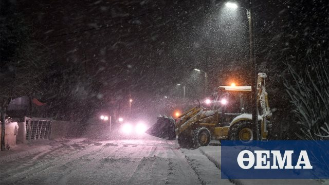 Βίντεο: Πυκνή χιονόπτωση στο Μαρούσι