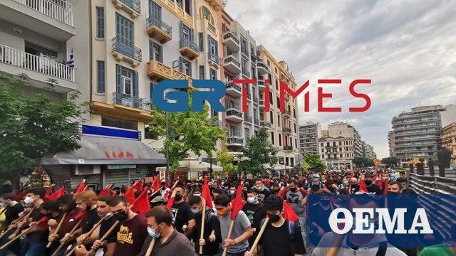 Νέες πορείες διαμαρτυρίας για την αστυνομική παρουσία έξω από το ΑΠΘ