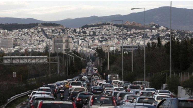 b11bebffd1 Με δυσκολία η κίνηση στους δρόμους της Αθήνας  Προβλήματα σε Β.Σοφίας