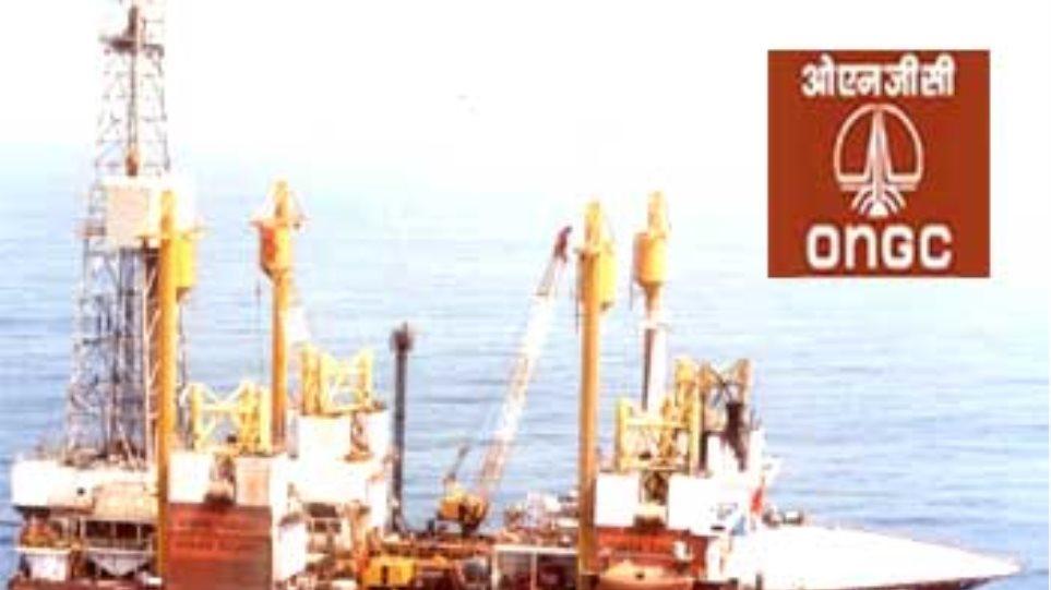 Πετρελαιοκηλίδα μήκους 1,6 χλμ στα ανοικτά του Μουμπάι