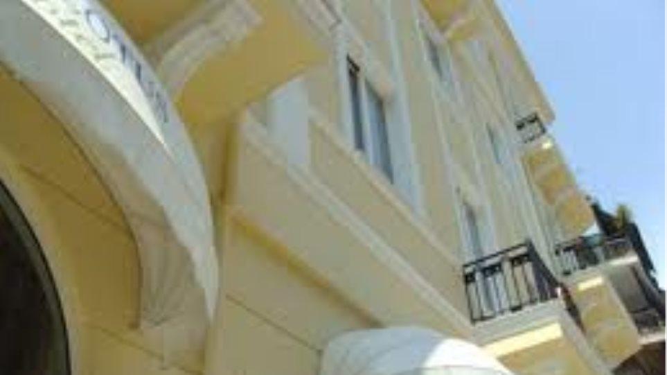 Πρώτες διώξεις κατά ξενοδοχείων για εισφορές