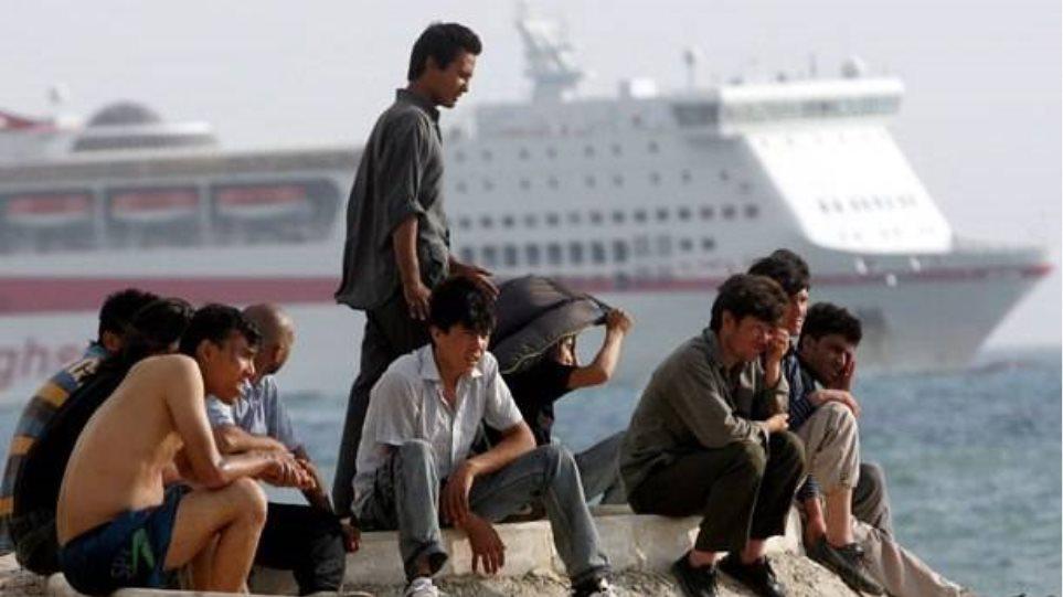 Κόβουν το τσάι και οι 50 μετανάστες, απεργοί πείνας, της Θεσσαλονίκης