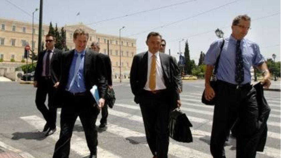 Negotiations marathon with the Troika