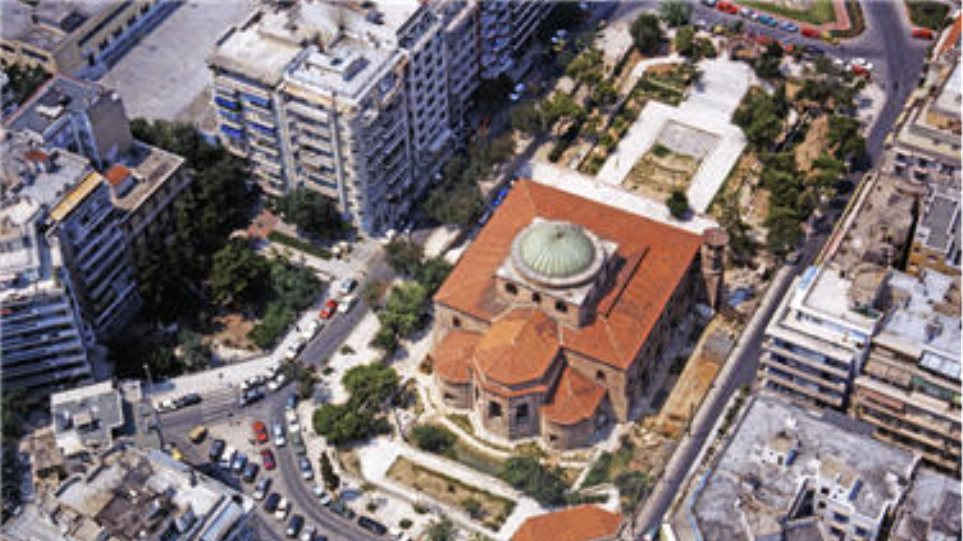 Πεζόδρομος η οδός Αγίας Σοφίας στη Θεσσαλονίκη  401648719ab