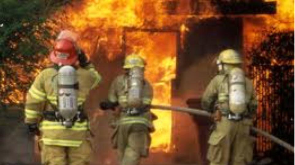 Πυρκαγιά σε κατάστημα στα Χανιά