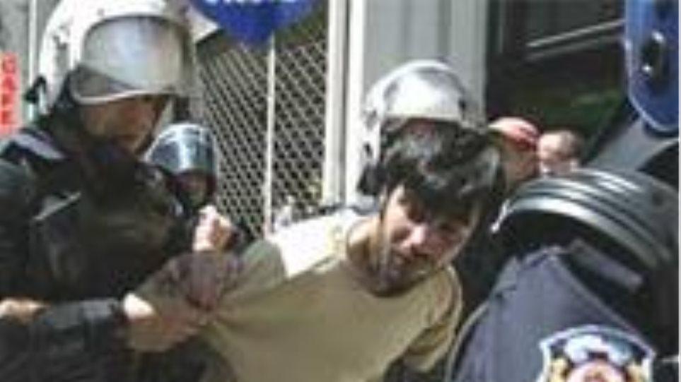 Μαζικές συλλήψεις διαδηλωτών στη Μαλαισία