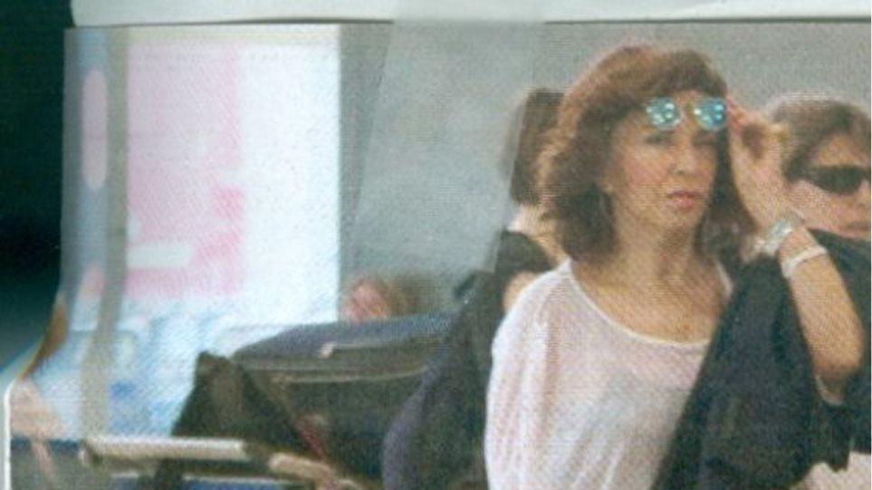 Ερωτευμένη στην Κύπρο η Μιμή Ντενίση;