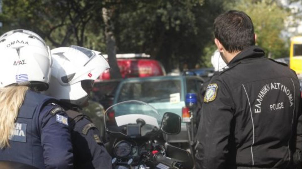 Σπείρα Αλγερινών διαρρηκτών εξαρθρώθηκε στη Σαντορίνη