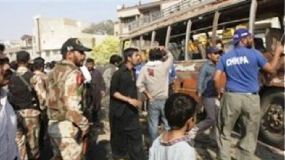 Πέντε νεκροί στο Πακιστάν