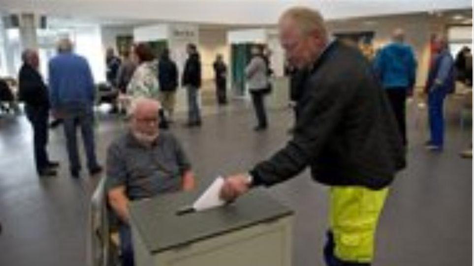 Δανία: Έξιτ πολ δίνει τους Σοσιαλδημοκράτες νικητές των εκλογών