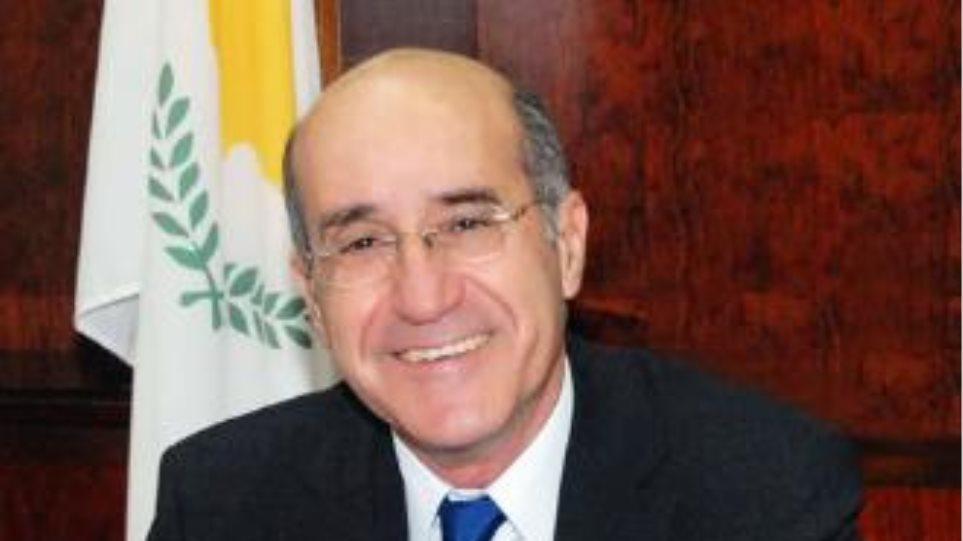 Έρχεται στην Αθήνα ο υπουργός Άμυνας της Κύπρου
