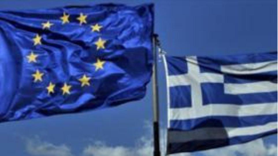 """""""Βλέπουν"""" χρεοκοπία χωρίς έξοδο από το ευρώ!"""