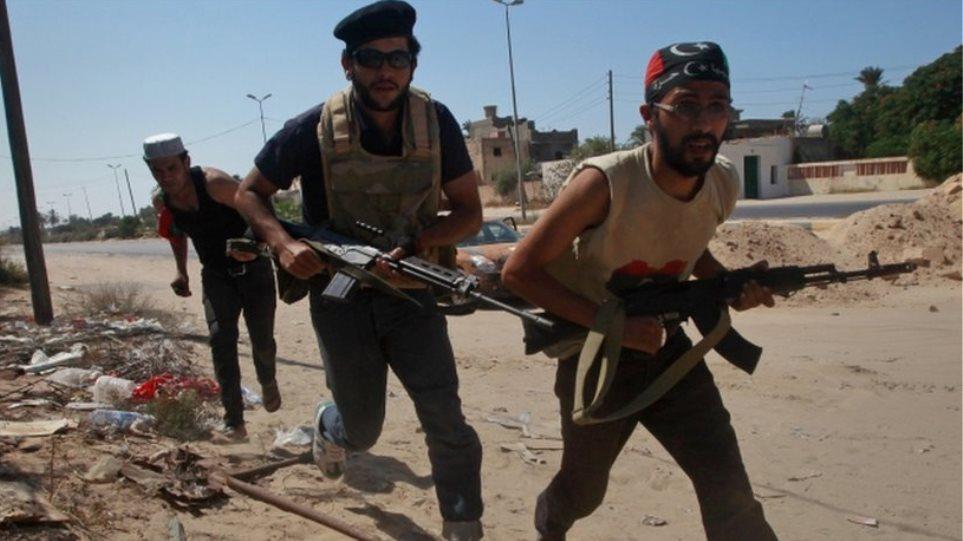 Πολύνεκρες μάχες στη Σύρτη της Λιβύης