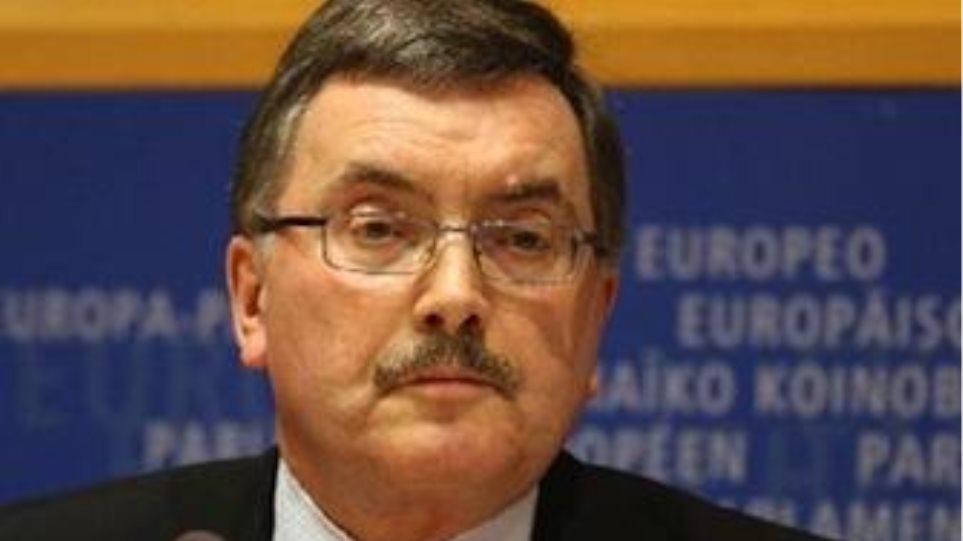 ''Τα ευρωομόλογα «θα επιδεινώσουν» τις κρίσεις χρέους''