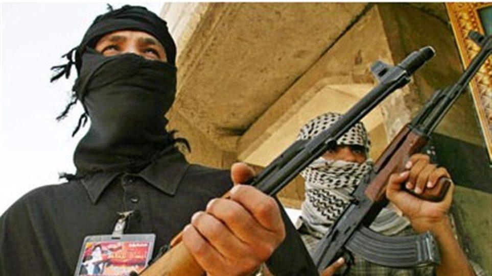Mέλος της Αλ Κάιντα δηλώνει έτοιμο να παραδοθεί στις αρχές