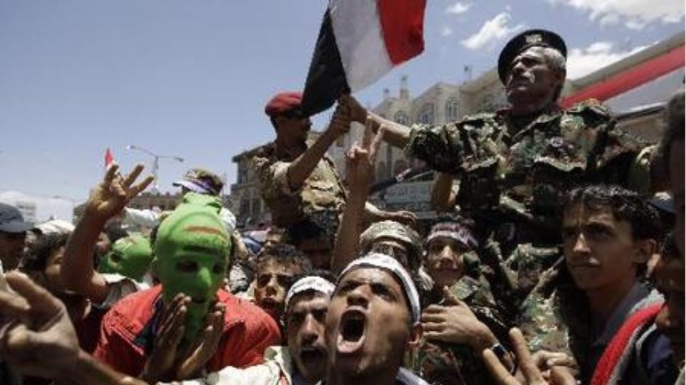 Αιματηρές αντικυβερνητικές διαδηλώσεις στην Υεμένη