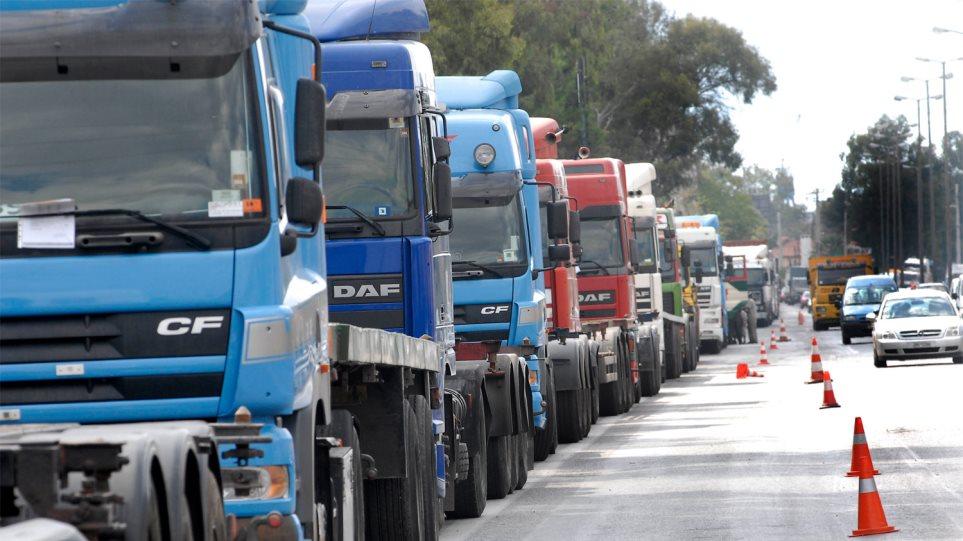 Αποφασίζουν για το επόμενο βήμα τα φορτηγά