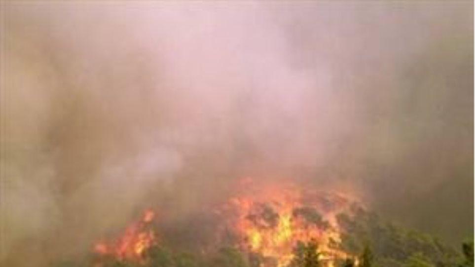 Υπό έλεγχο οι φωτιές σε Χανιά και Ρέθυμνο