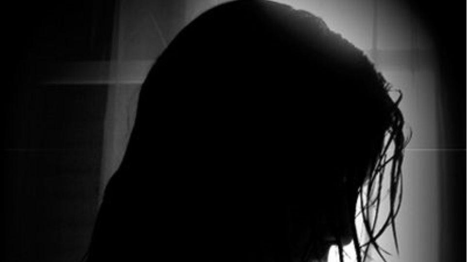 Βίασε την κόρη της συντρόφου του