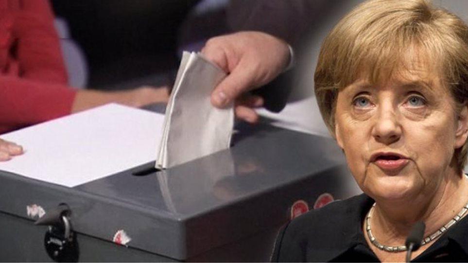Ανεβαίνει ο πολιτικός «πυρετός» στη Γερμανία