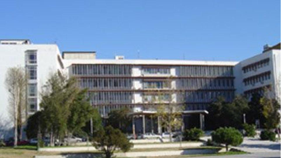 Φοιτητές εκβίασαν και απείλησαν τον πρόεδρο του Χημικού