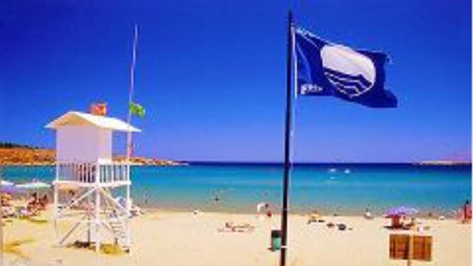 Προσβάσιμες παραλίες για ΑμεΑ