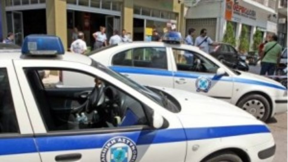 Σύλληψη τριών Ρομά για απάτη