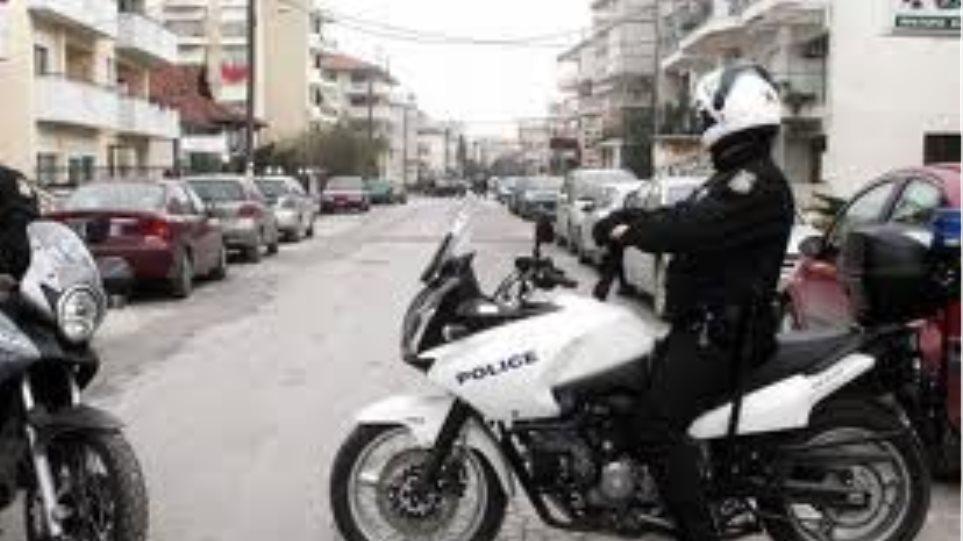 Άγνωστοι επιτέθηκαν σε δημοτικούς αστυνομικούς