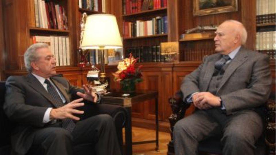 """Αβραμόπουλος: """"Η Ελλάδα δεν απειλεί, ούτε και απειλείται"""""""