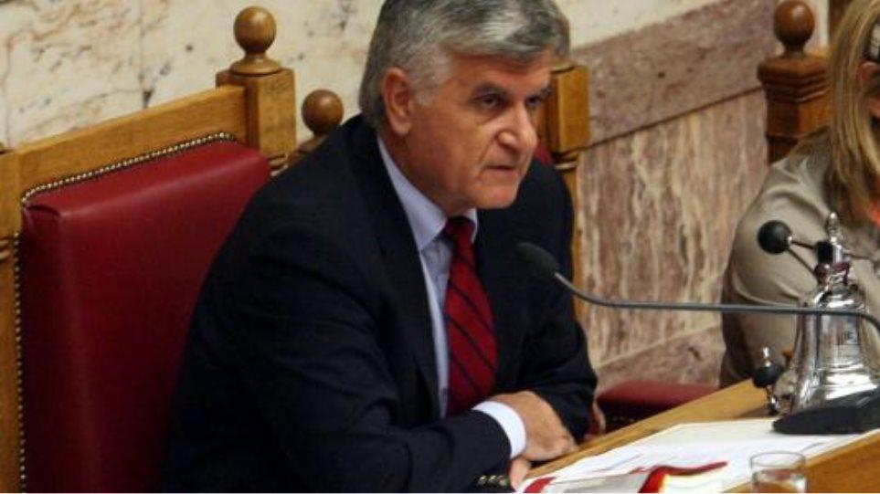 17 βουλευτές του ΠΑΣΟΚ ζητούν άνοιγμα λογαριασμών