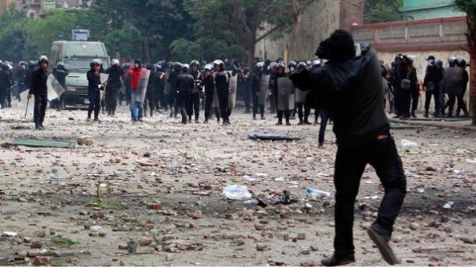 Νεκροί δύο διαδηλωτές από σφαίρες αστυνομικών στην Αίγυπτο