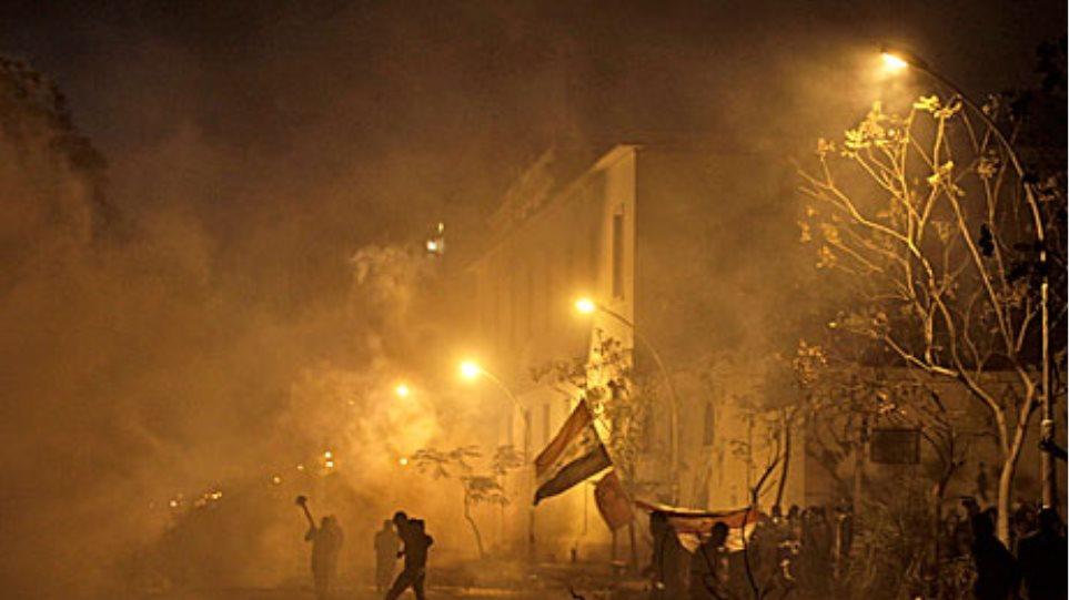 Πυρκαγιά σε κυβερνητικό κτίριο στο κέντρο του Καίρου